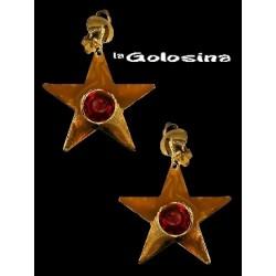 Pendientes dorados estrella con piedra roja