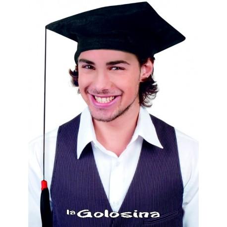 Sombrero graduado con borla colgante