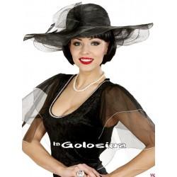 Pamela de tela negra con tul