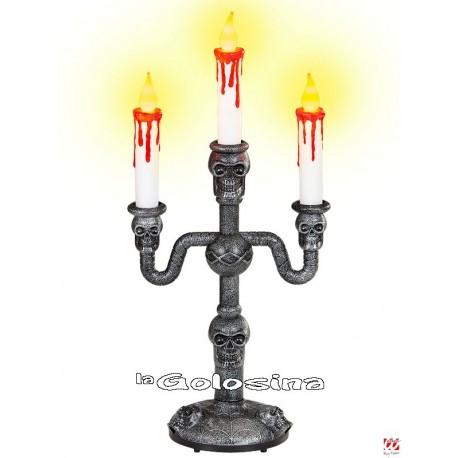 Candelabro con velas luminosas